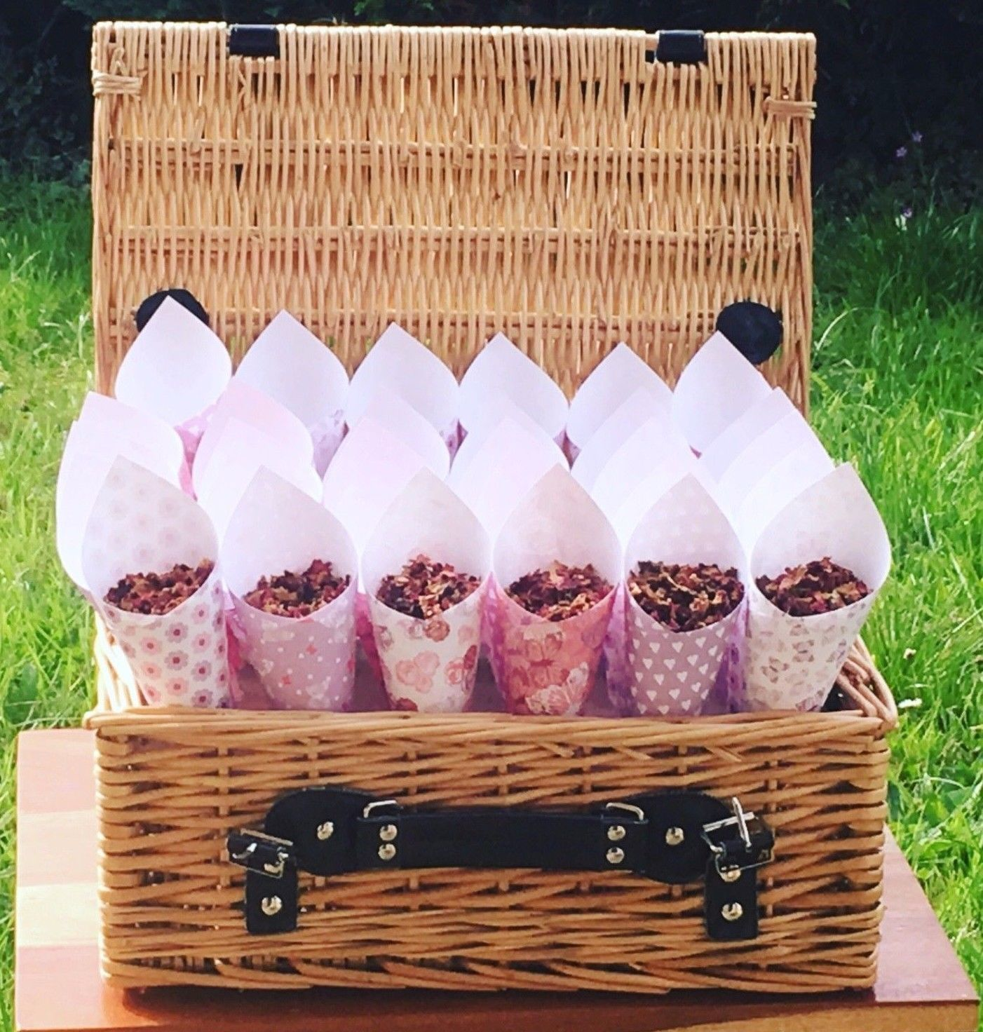 30 SHABBY CHIC CONES IN A BEAUTIFUL WICKER BASKET